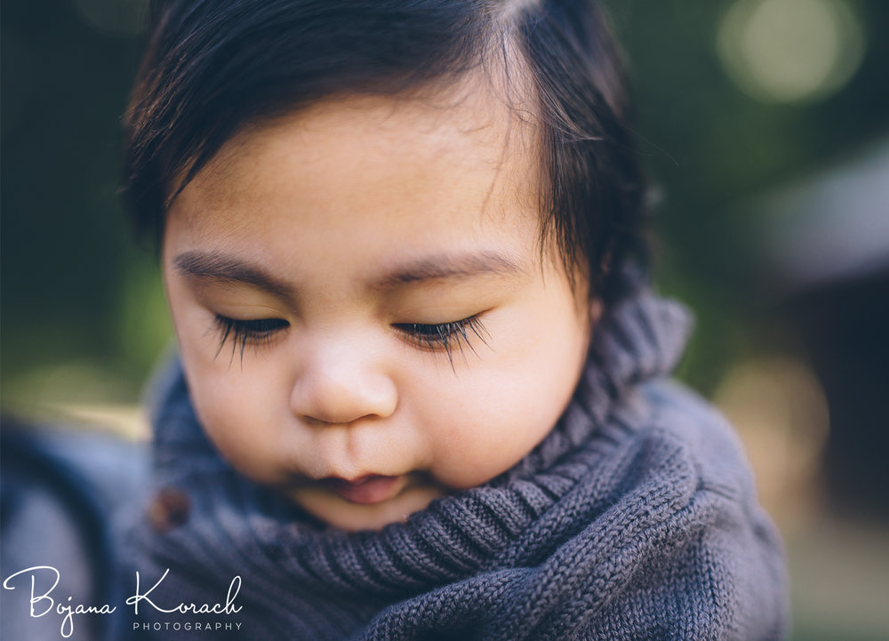 baby with the longest eyelashes photographed by chicago family photographer