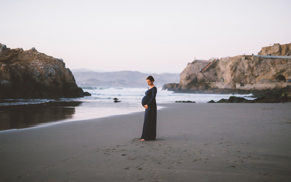 san-francisco-maternity-beach-session-sutro-baths.jpg