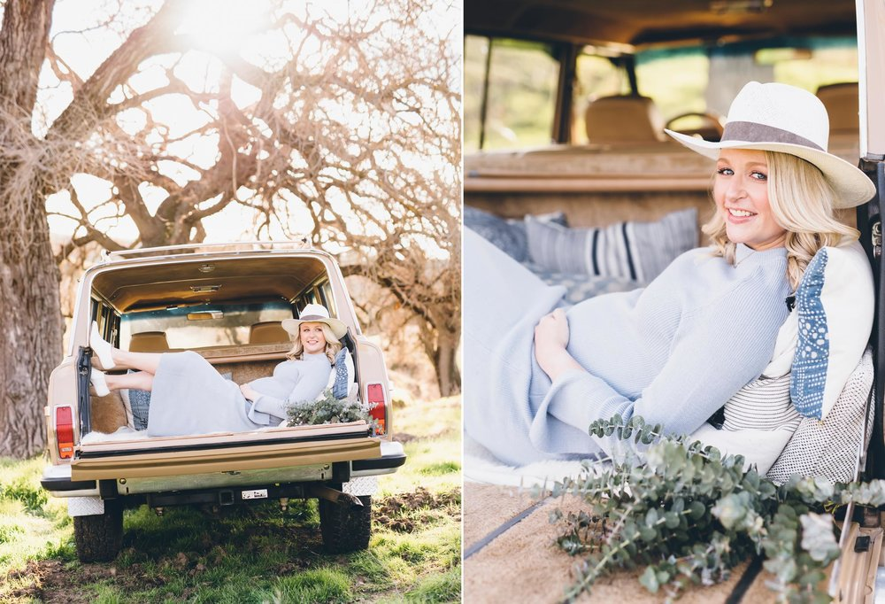 unique-ideas-for-maternity-session-in-classic-car.jpg