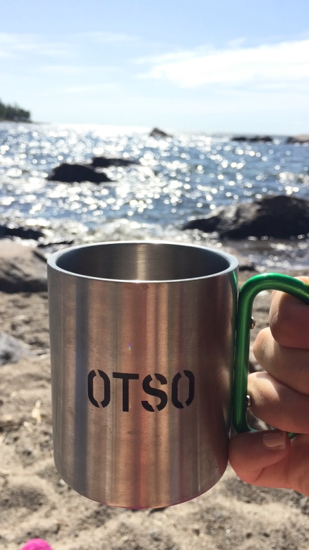 Kaffe med utsikt. På en bortglömd strand någonstans i Korsholm.
