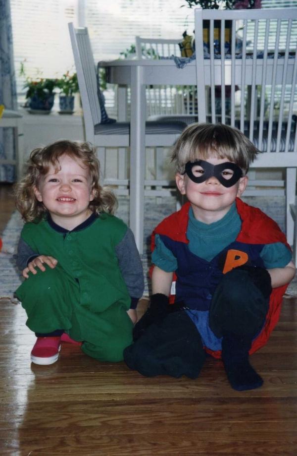 Max som Batman och jag som hans sidekick Krullhår.