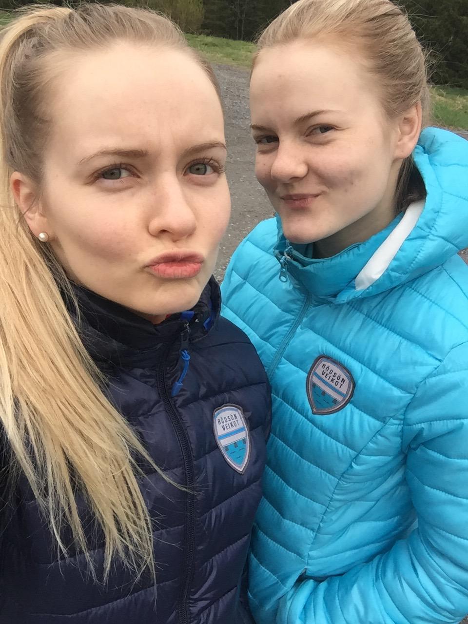Jag och syster och vår comeback på fotbollsplan 2016. Viva la Rödsön Veikot!