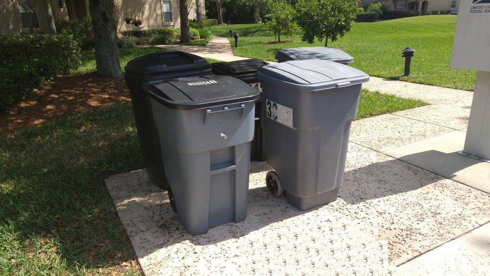 garbage cans - candelero court.jpg