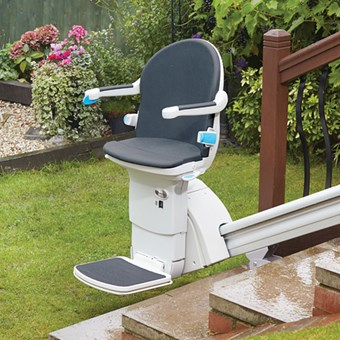 Minivator 1000 outdoor straight stairlift