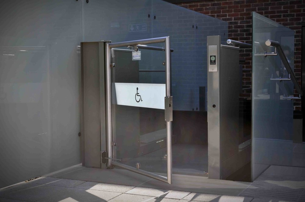 Wessex LR Low Rise Public Access Platform Lift