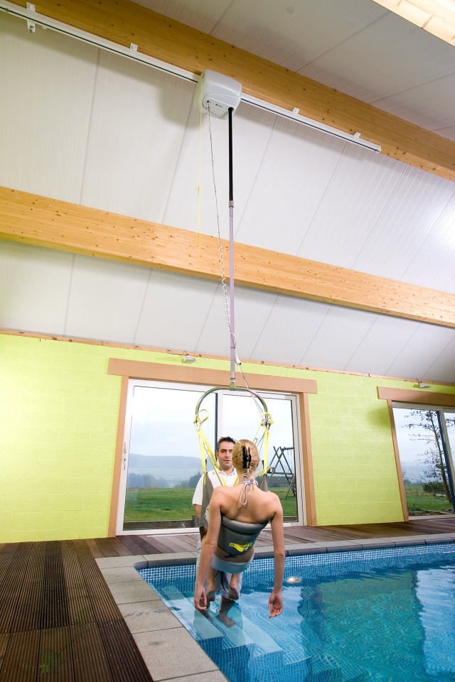 Handi-Move Pool Ceiling Hoist