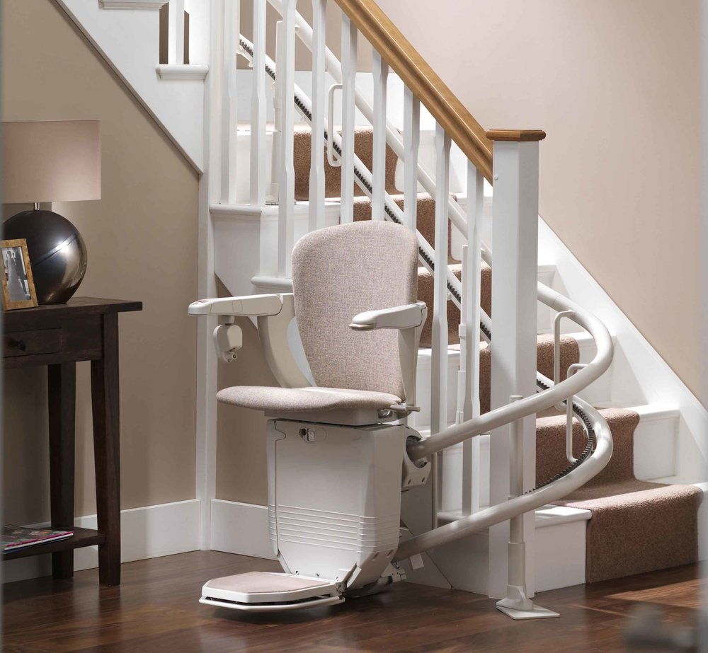 stannah-starla-260-curved-stairlift-inside-bend.jpg