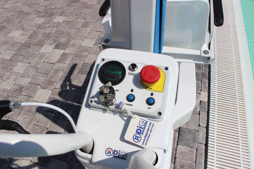 blu-one-pool-lift-control-panel-dolphin-mobility.jpg