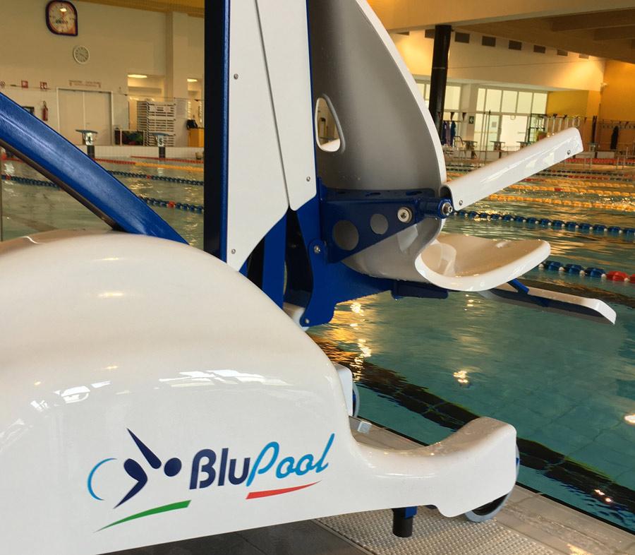 blupool-swimming-pool-lift-chair.jpg