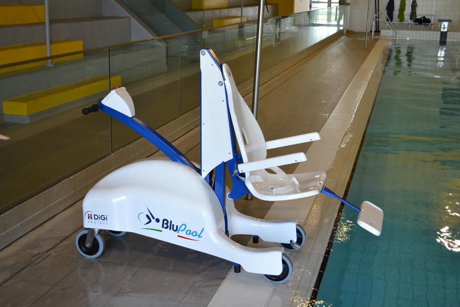 dolphin-mobility-blupool-pool-hoist.jpg