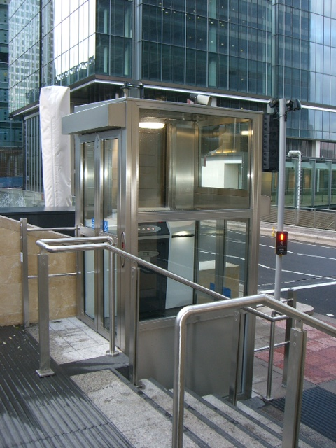 dolphin-RPL-enclosed-platform-lift.JPG