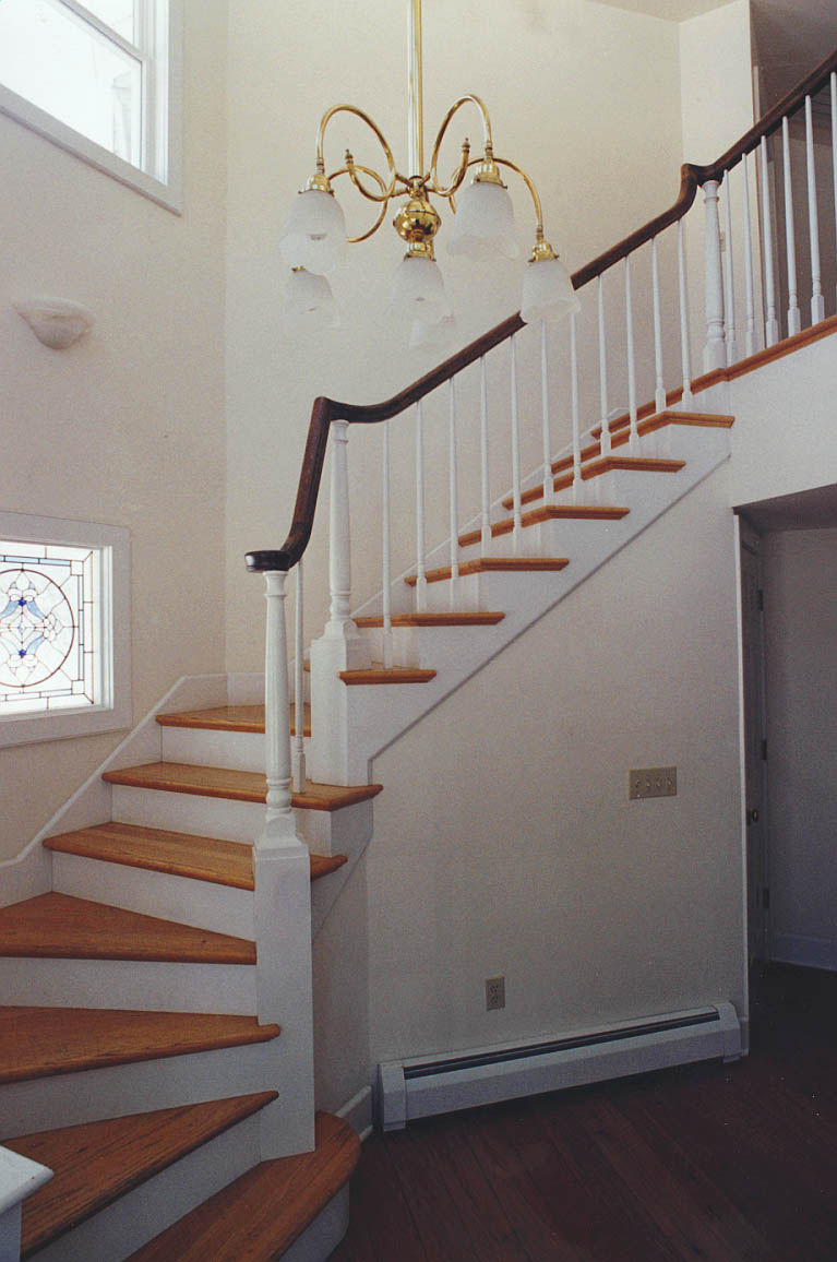 StairHallSouth.jpg