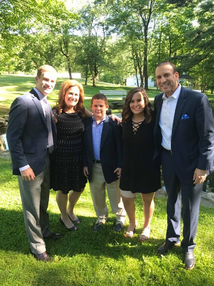 Family wedding in Wilkes Barre, PA - Awesome time with Ronni's side of the family - Quality family time!
