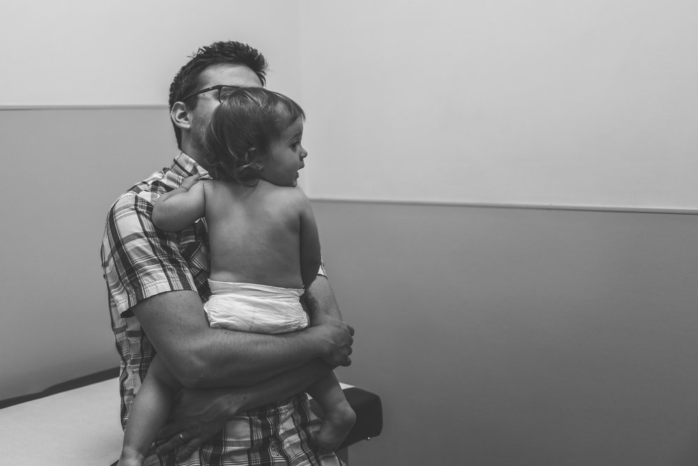Dad and baby at the doctor, Premier Pediatrics, Staten Island, NY, Documentary Family Photography