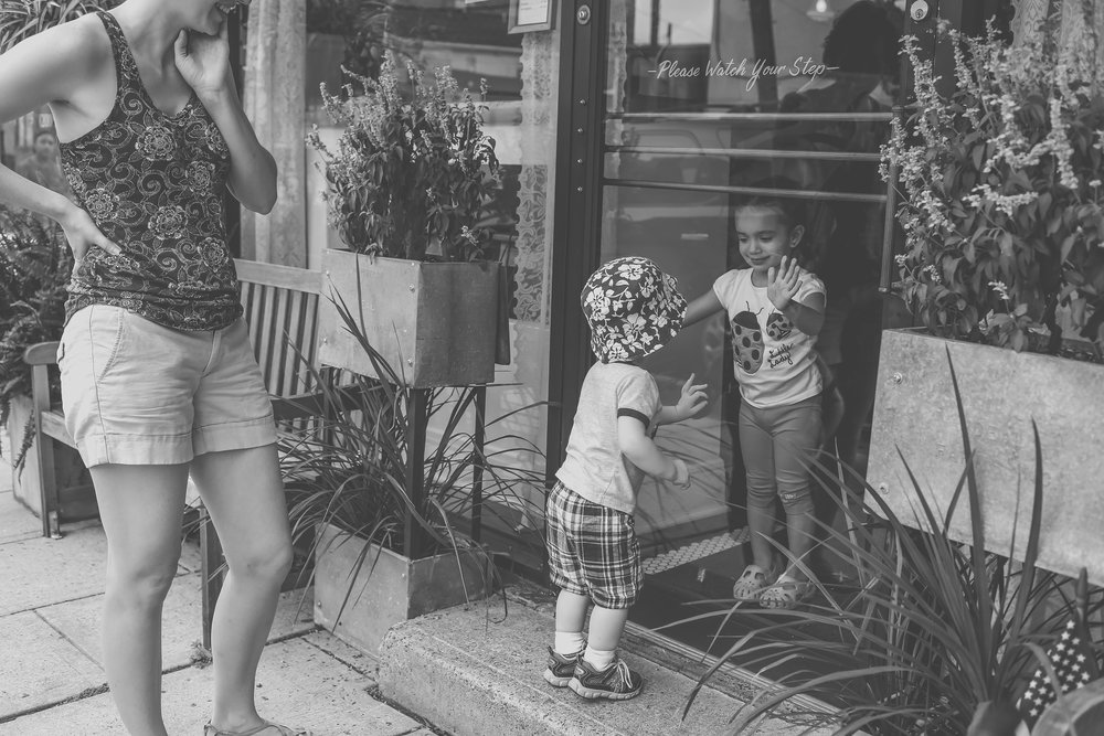 Erie coffee shop and bakery in Rutherford, NJ. Staten Island documentary family photography.