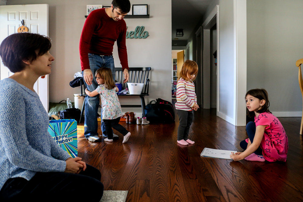 In home family session to document a 6th birthday party in Lehigh Valley, PA.