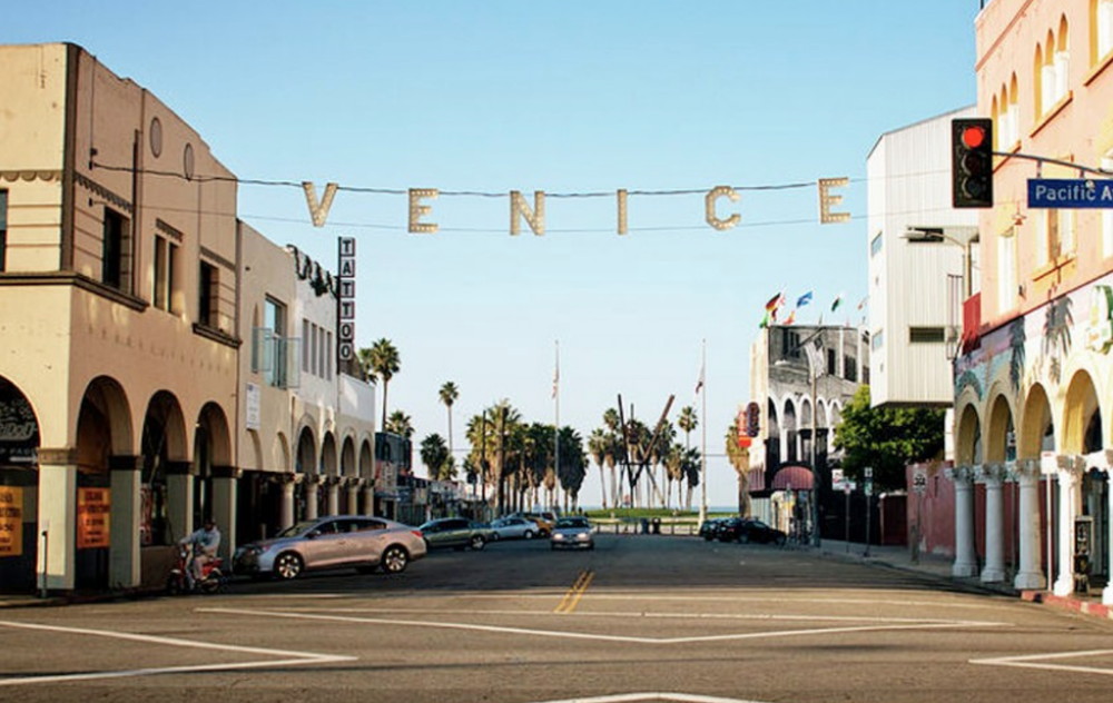 Venice - Los Angeles Fence Builders.png