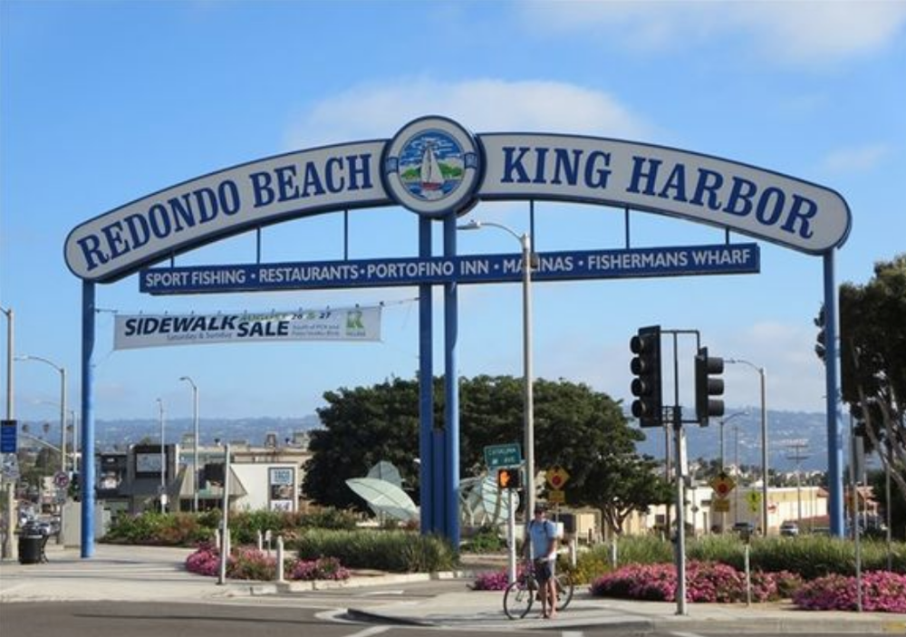 Redondo Beach Los Angeles Fence Builders.png