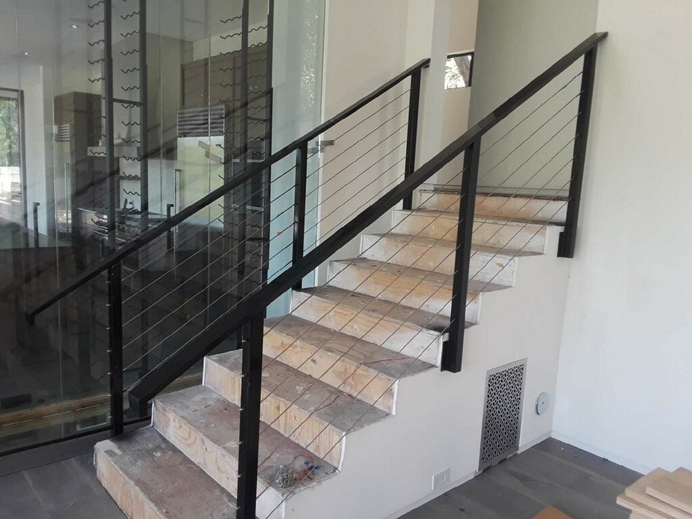Staircase Cable Wire Los Angeles Fence Builders.JPG