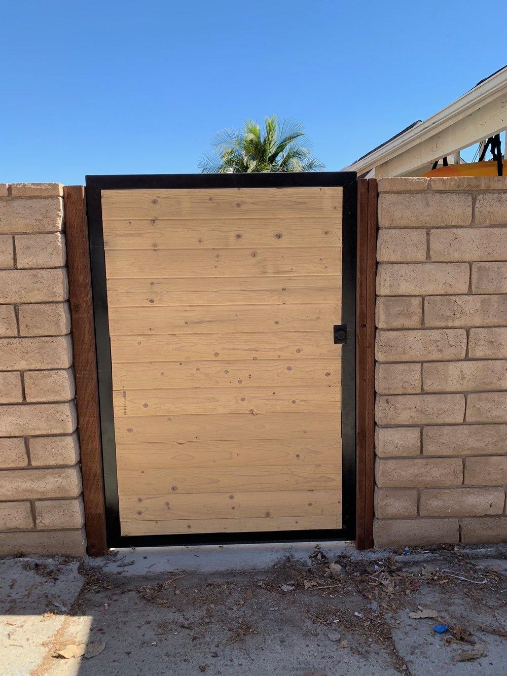 Entry Gate Los Angeles Fence Builders.jpeg