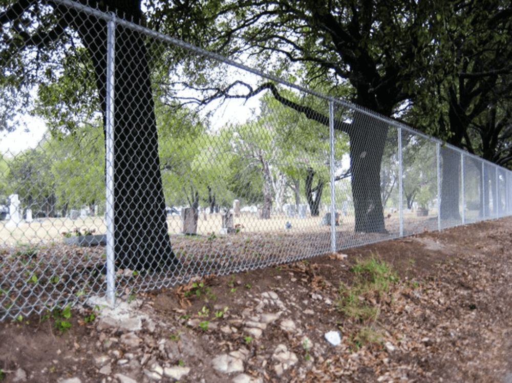 Galvanized+Chain+Link+-+Los+Angeles+Fence+Builders.png
