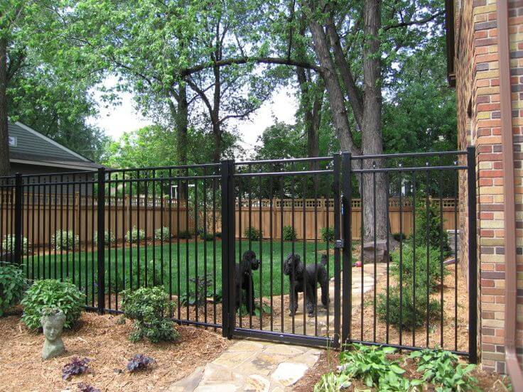 wrought iron fence Los Angeles Fence Builders.jpg