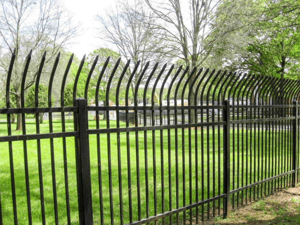 Spiked Security Fencing - Los Angeles Fence Builders.png