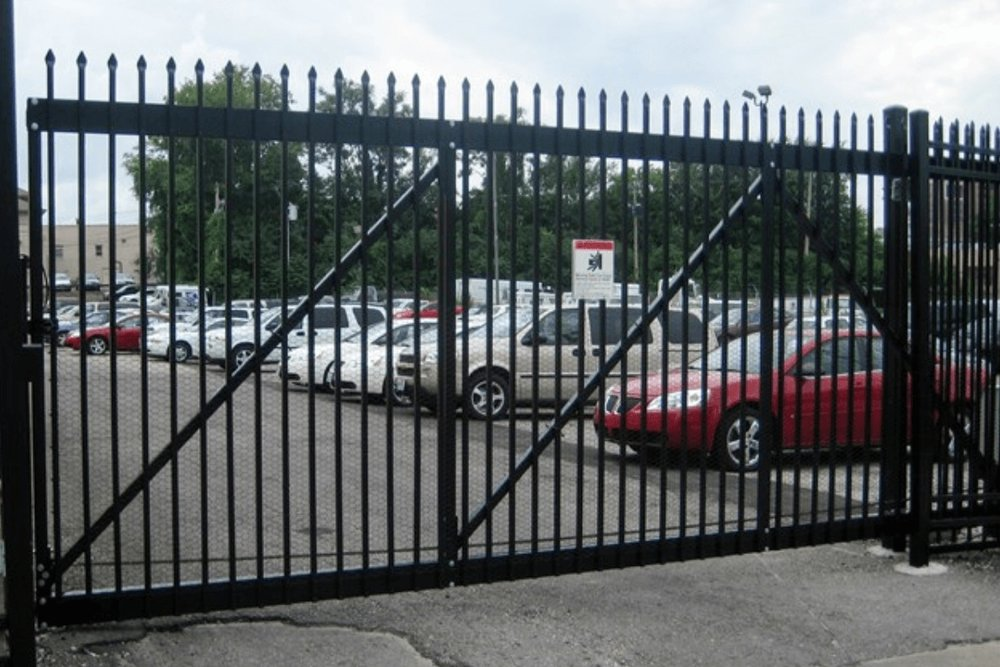 Commercial+Security+Gate+-+Los+Angeles+Fence+Builders..jpg
