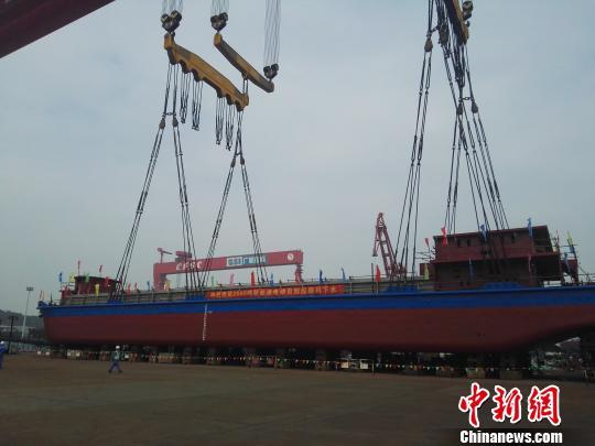 All-Electric Cargo Ship for carrying manufactured goods