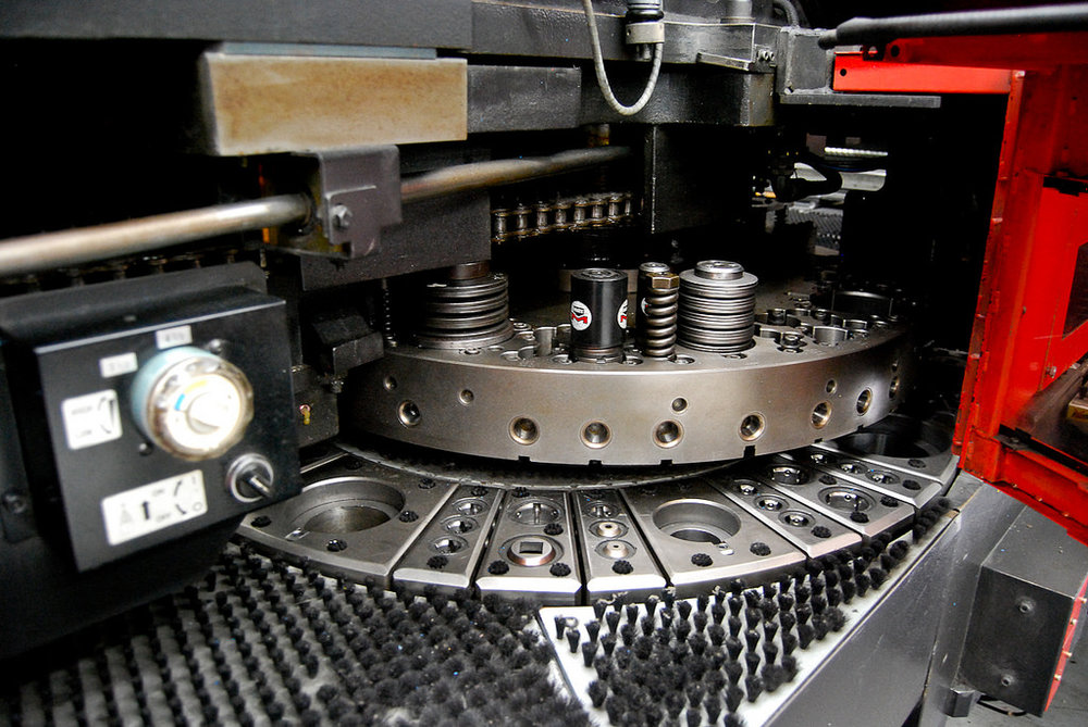 High Speed CNC Turret Punch Press