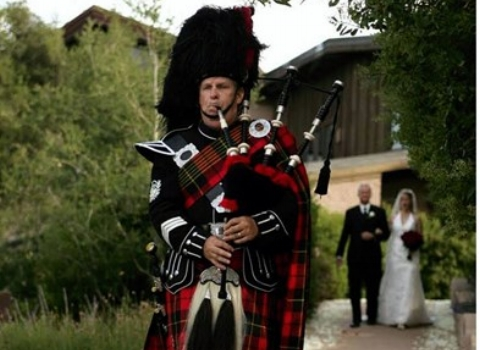 Bill MacMurchy, bagpiper for hire