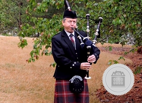 Tom Crawford, bagpiper for hire