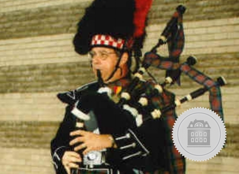 Donald Willis, bagpiper for hire