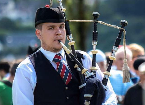 Andrew Gray, bagpiper for hire
