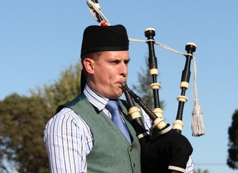 Tom Glover, bagpiper for hire