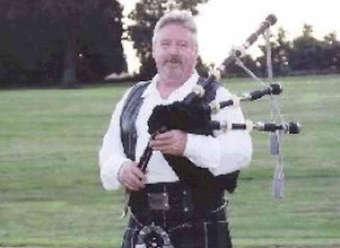 Ian Rankine, bagpiper for hire