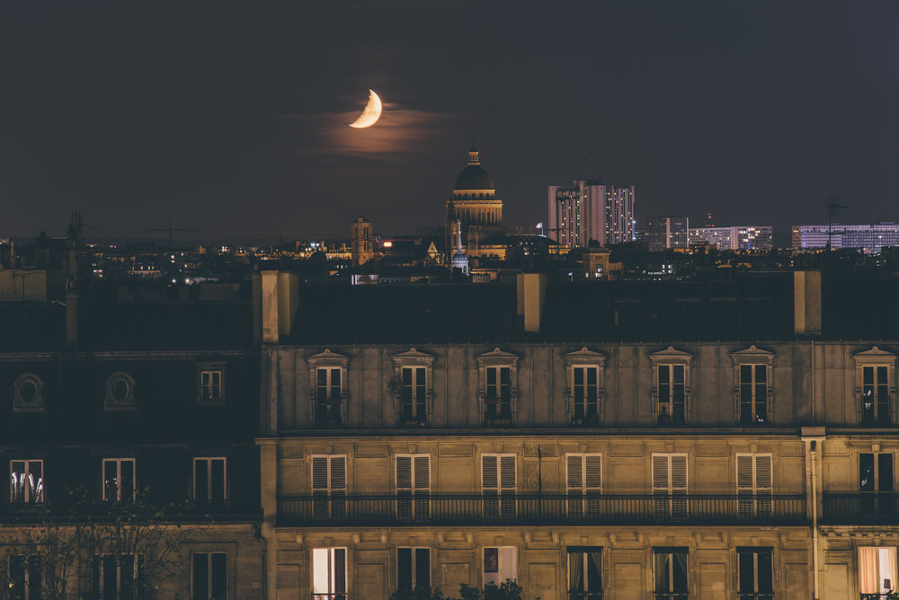 JUAN JEREZ - @juanjerezJuan's photographs of Paris are some of the most awe-inspiring city photographs we've seen in a while. His use of light to capture and highlight Paris' undeniable beauty always makes our team want to pack our bags for a Parisian adventure immediately.
