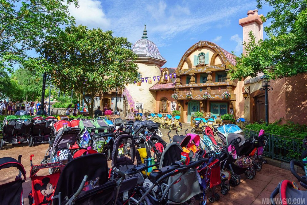 How to Properly Use A Stroller In Disney World