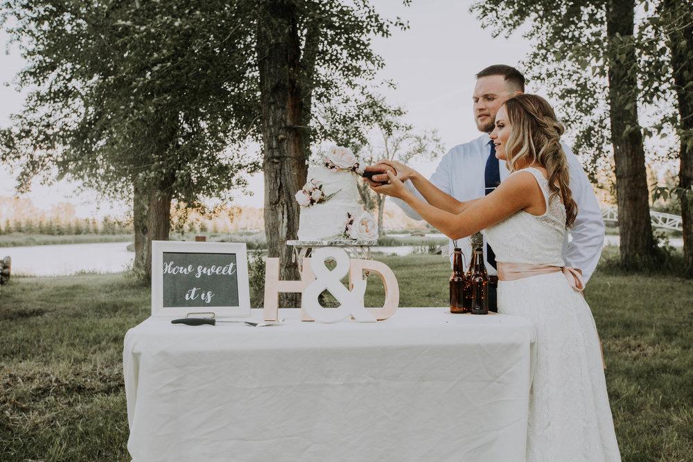 Mackay-wedding-outdoors.jpg