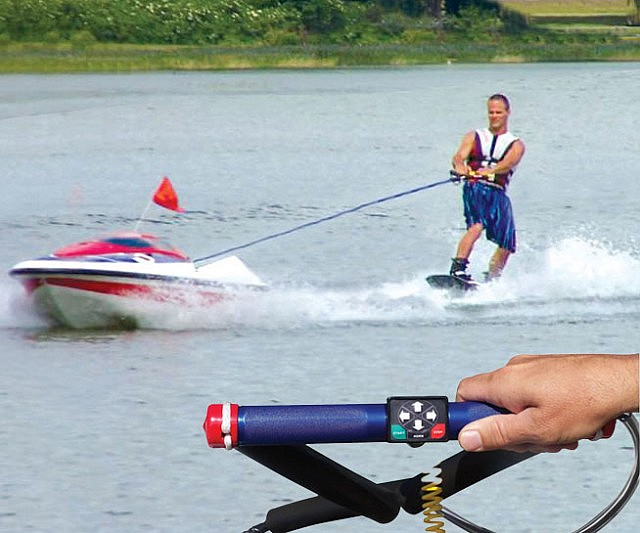 self-controlled-ski-boat-640x533.jpg