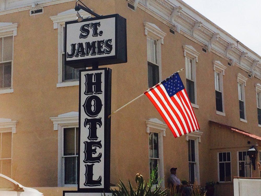 St_James_Hotel_front.JPG