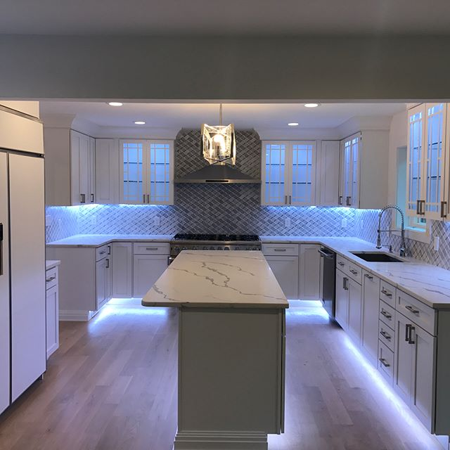Here is a shot of some #newconstruction #lighting we did for a #kitchen. Toe kick #LED lights and back lit kitchen cabinets. We LOVE this kitchen and are glad we were able to customize the lighting to the builders liking. #bergencounty #newjersey #nj #construction #electric #electrician #lighting #lightingdesign #kitchendesign