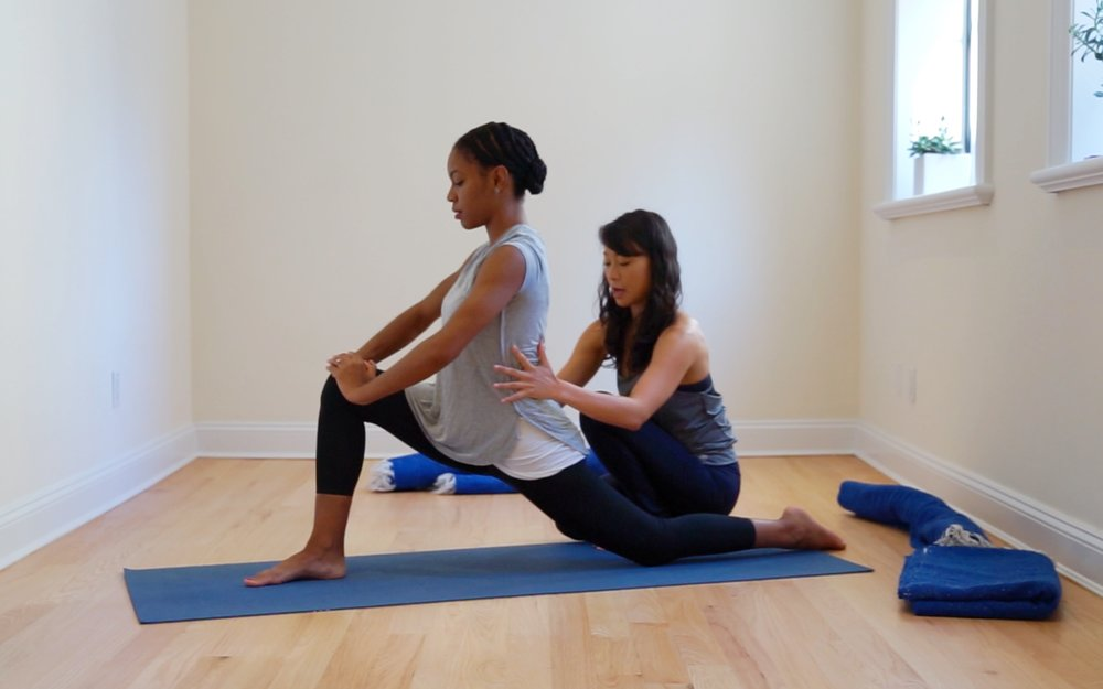 Kendra Tolbert,  Live Fertile . Yoga for PMS Video