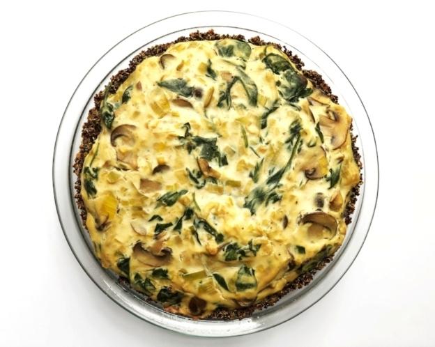 Vegan Spinach, Mushroom, & Leek Quiche with Quinoa Crust
