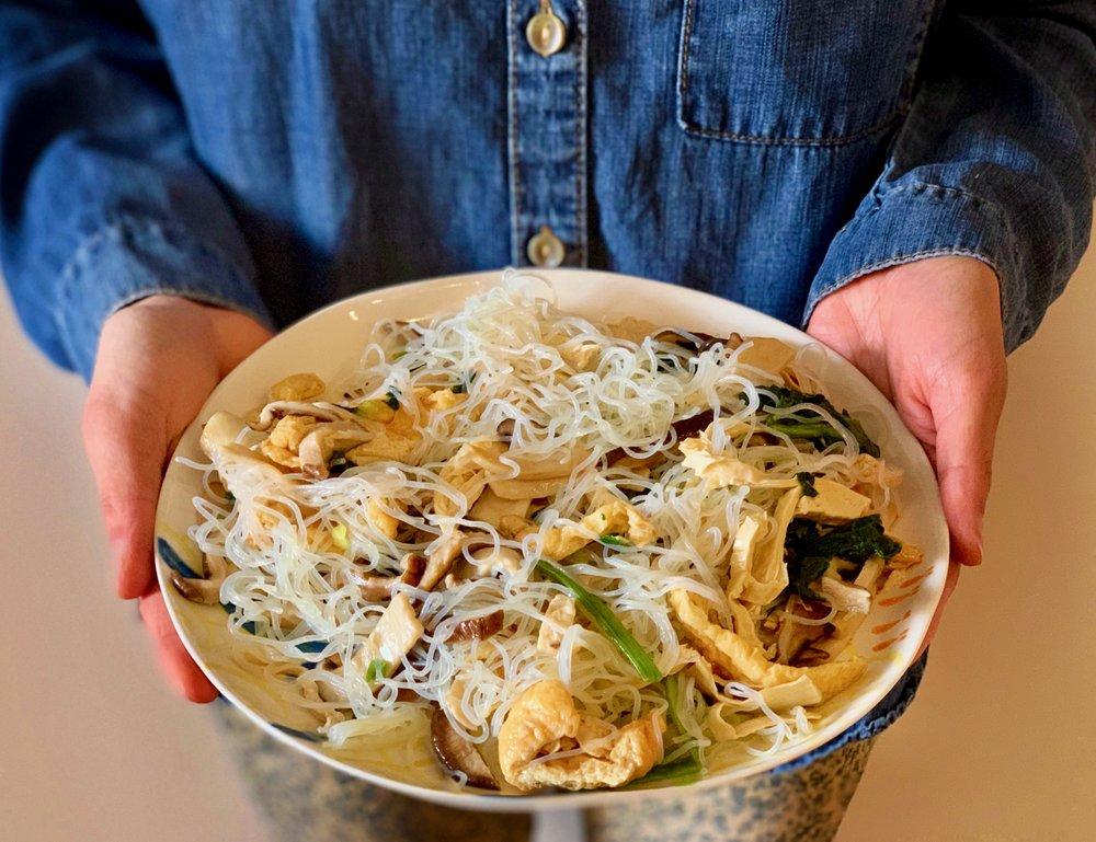 Vegan japchae recipe. Stir-fried vegan noodles. Gluten-free noodles. By Stacy K. Leung nutritionist