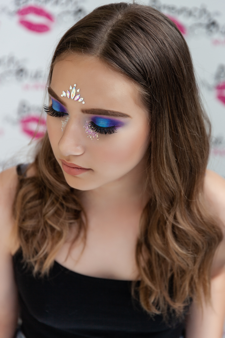 HIGH FASHION/ FESTIVAL MAKEUP - Includes face gems and/or glitterAdditional 30 mins appointment time£40 per personOptional strip/false lashes (full or half) £5 per person