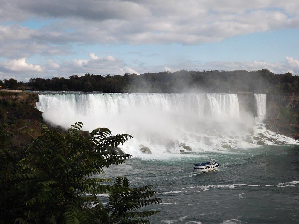 Jag-Tours-Niagra-Falls.jpg