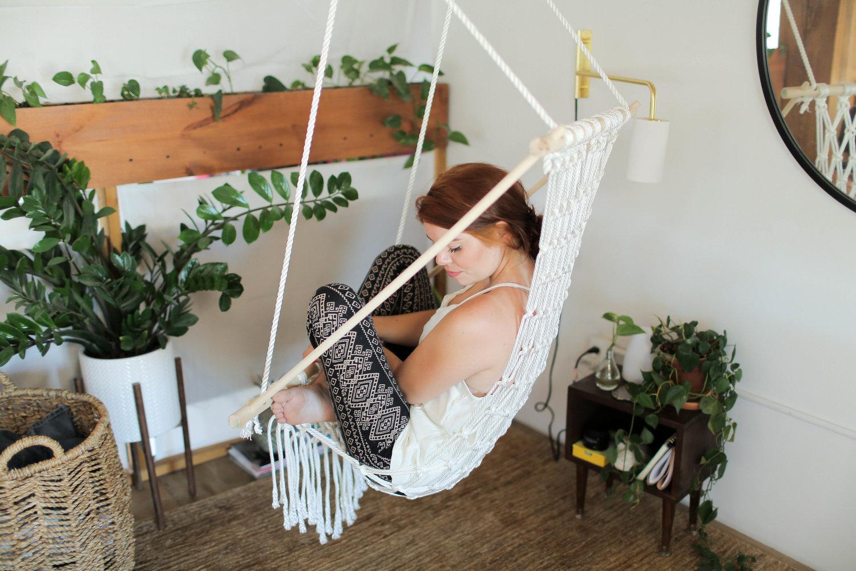Diy Hanging Macrame Chair The Sorry Girls
