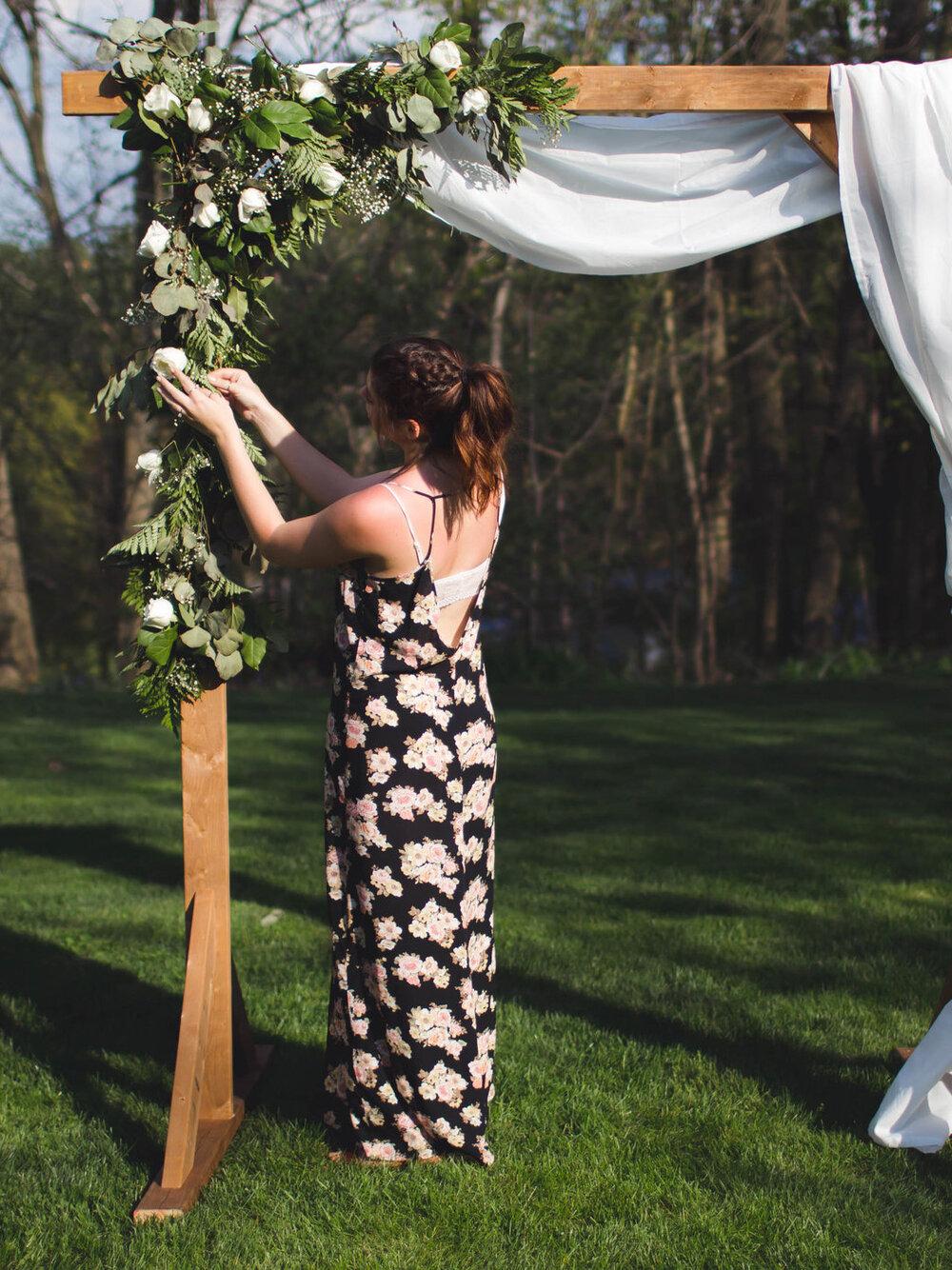 Diy Wood Wedding Arbor The Sorry Girls