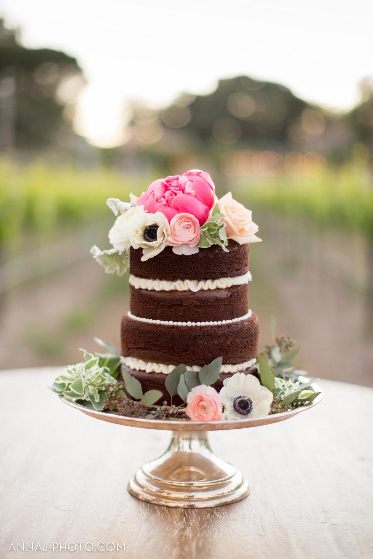 Sogno del Fiore Shoot Watermarked-cake-0006.jpg